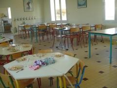 Salle de restauration scolaire